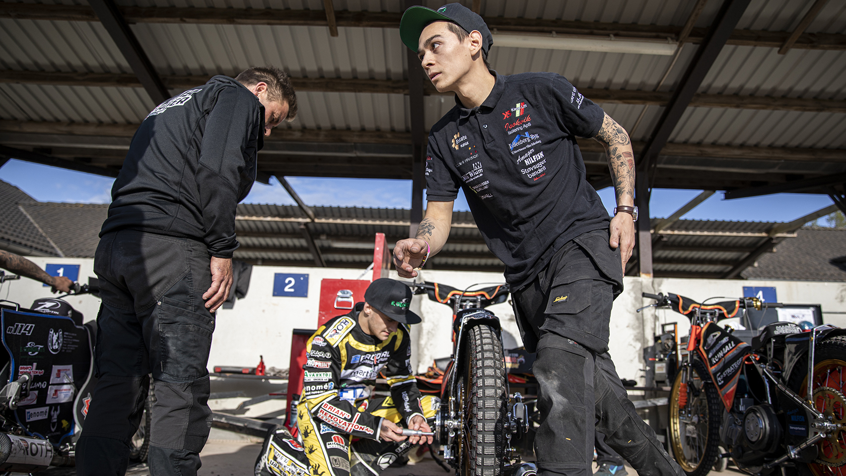 Kim Christensen er mekaniker for speedwaykøreren Marius Nielsen, der kører på Slangerups hold.