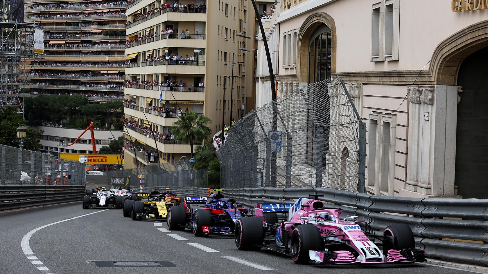 Racerløbet i Monaco er et af de mest ikoniske løb i Formel 1. En stor oplevelse for Emilie Rath, der var med på 1. række.